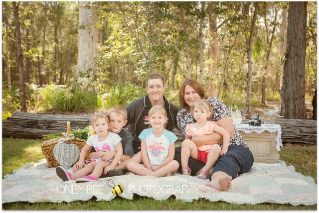 Brisbane Family | Children | Newborn | Maternity | Wedding Photography | On Location | Golden Hour | Picnic | Giggles